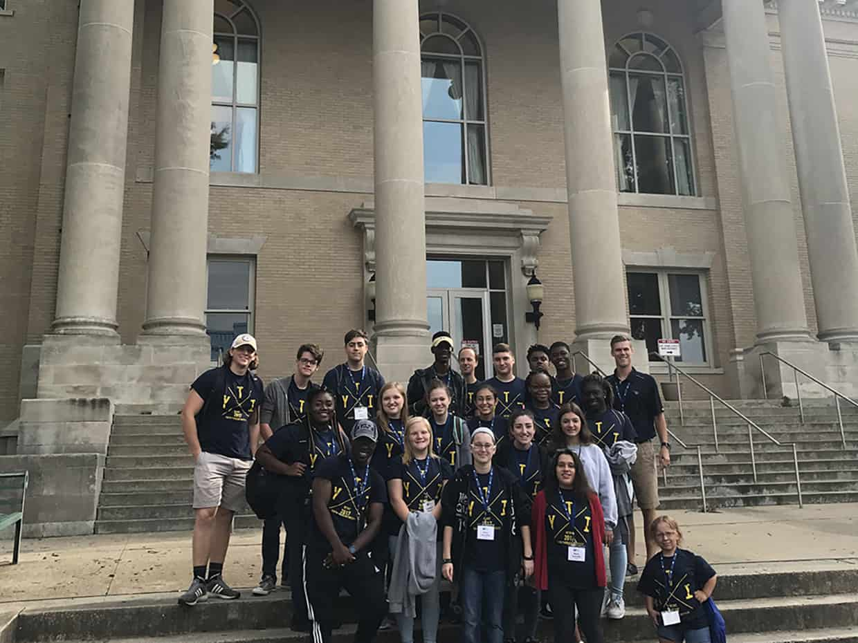 YTI students at courthouse