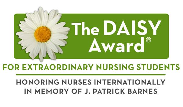 Daisy award green logo